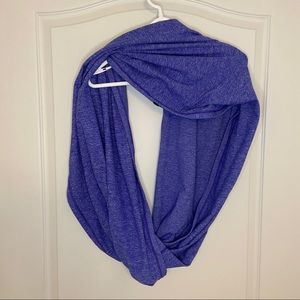 Lululemon infinity scarf in pigment blue